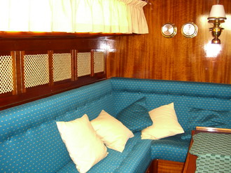 bootspolsterei bootsausstattung bootspolster innenausstattung. Black Bedroom Furniture Sets. Home Design Ideas