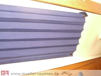 plissee vorhang f r bootsfenster sichtschutz. Black Bedroom Furniture Sets. Home Design Ideas